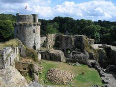 Chateau fort de Tonquedec,  chateau medieval à la famille de Coëtmen. Cotes d'Armor,  Brittany