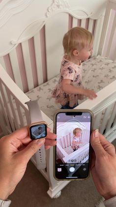 Mom Hacks, Baby Hacks, Baby Tips, Wtf Funny, Crazy Funny, Baby Cereal, Iphone Hacks, Baby Monitor, Mom Advice
