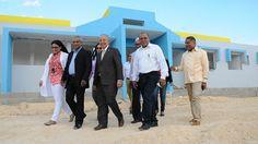 Armario de Noticias: Gobierno construirá 56 hospitales y 50 Centros Dia...