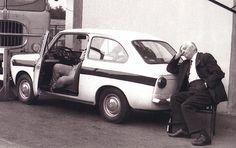 "harrysz: ""Enzo Ferrari and a fabulous Fiat Abarth "" Sports Car Racing, F1 Racing, Racing Team, Race Cars, Fiat 850, Fiat Abarth, Ferrari Racing, Ferrari F1, F1 Motor"