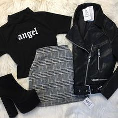 Edgy Outfits, Teen Fashion Outfits, Grunge Outfits, Cute Casual Outfits, Pretty Outfits, Girl Outfits, Egirl Fashion, Korean Fashion, Jugend Mode Outfits