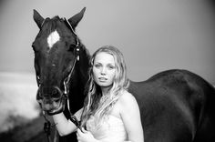 Girl Senior Photos with Horse
