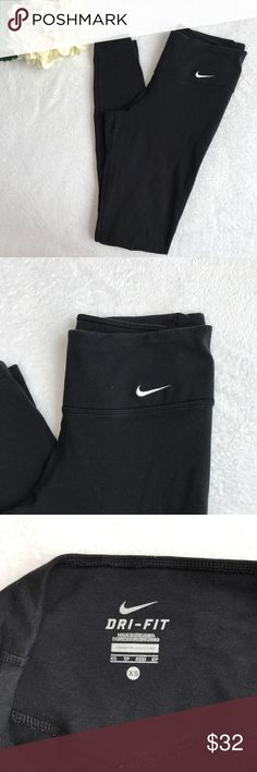 {Nike} Dri Fit Black Running Leggings Full Length Excellent condition. The perfect fall and winter running legging! Size XS. Solid black. No trades, lowballs, or modeling! 😘 Nike Pants Leggings