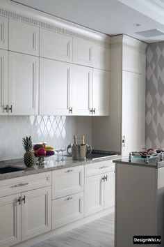 The Facts On Aspects For Beautiful Kitchen Decor Inspiration - Meg's Home Designs Minimalist Kitchen Design, Kitchen Decor, Kitchen Inspirations, Home Decor Kitchen, Kitchen Furnishings, Kitchen Room Design, Kitchen Remodel, Modern Kitchen Design, Kitchen Layout