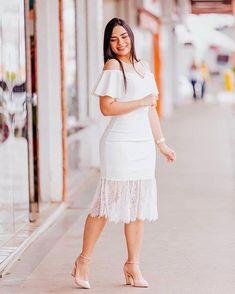 Modest Dresses, Simple Dresses, Beautiful Dresses, African Wear Dresses, Latest African Fashion Dresses, Chic Dress, Classy Dress, Plus Wedding Dresses, Simple White Dress