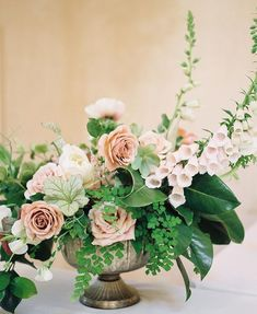Oh be still my little heart. This floral centerpiece by is just divine! I could literally photograph her work everyday. Floral Wedding, Wedding Bouquets, Wedding Flowers, Flower Decorations, Wedding Decorations, Low Centerpieces, Centrepieces, Deco Table, Spring Flowers