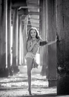 Maddie Ziegler Photo credit: David Hofmann (Sharkcookie) Love her expression here