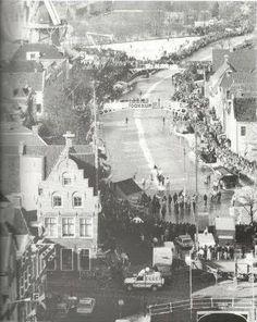 Mooie sfeerfoto van de Zijl tijdens de Elfstedentocht van 1986