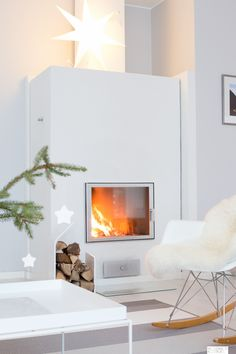 Christmas fireplace 1 Home Fireplace, Fireplace Design, Fireplaces, Christmas Fireplace, Minimalist Fireplace, Piece A Vivre, Wall Mount Electric Fireplace, Scandinavian Home, Elegant Homes