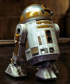 """or """"Seefor"""" was a yellow astromech droid produced by Industrial Automaton that. Droides Star Wars, Star Wars Droids, Star Wars Stickers, Star Wars Novels, Space Battles, V Games, The Phantom Menace, Star Wars Characters, R2 Unit"""
