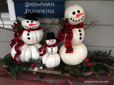 Picture this :: Frosty the Snowman was a happy, jolly pumpkin! There's an easy way to transition your pumpkins into the Christmas season. You can make a Pumpkin Snowman! Recycle your fall pumpkins … Pumpkin Snowmen, Christmas Pumpkins, Christmas Snowman, Whimsical Christmas, Fall Pumpkins, Holiday Themes, Holiday Crafts, Holiday Fun, Holiday Ideas