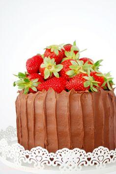 Chocolate mud cake http://mamabearskitchen.blogspot.com.au/2013/09/strawberries-in-spring.html
