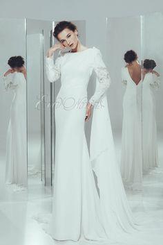 Vestido de novia Iván Campaña Modelo Amada en Eva Novias Madrid. #novias #vestidosdenovia #moda #bridalfashion #weddingdress #fashionista