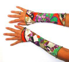 Armstulpen - Stulpen Größe S Flower Art bunt Jersey - ein Designerstück von Verbunterei bei DaWanda