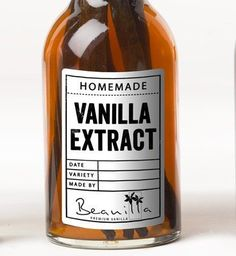 Have you ever wanted to learn how to make vanilla extract? Check out Beanilla's homemade vanilla extract recipe. Homemade Kahlua, Homemade Gifts, Kahlua Recipes, Vanilla Extract Recipe, Madagascar Vanilla Beans, Printable Labels, Printables, Free Printable, Glass Bottles