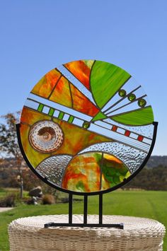I like the circular nature and the frameless edge. #StainedGlassMosaic