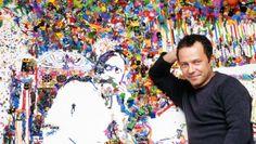 Conhecido por utilizar materiais inusitados para produzir suas obras - como lixo, sucata, açúcar e até chocolate -, o artista plástico brasileiro Vik Muniz ganhou espaço permanente na nova linha do metrô da Big Apple que foi inaugurada nesse mês. Confira os detalhes da obra.  #arte #cultura #exposições #novayork #nyc #usa #subway #viagens #turismo #metrô