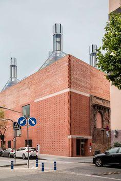 H Arquitectes, Adrià Goula · Civic Centre Cristalleries Planel