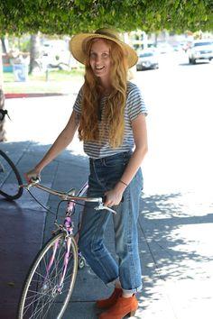 Powerful, alluring women and their elegant machines. Bicycle Girl, Bike Style, Cycling, Bohemian, Elegant, Wheels, Women, Fashion, Veils