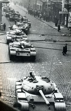 soviet tanks budapest   michael rougier World Conflicts, European History, Budapest Hungary, Eastern Europe, Old Pictures, Historical Photos, Revolution, Fighter Jets, Around The Worlds