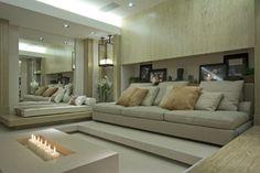 home theater criado pelas arquitetas Andrea Teixeira e Fernanda Negrelli - Tapetes by kamy