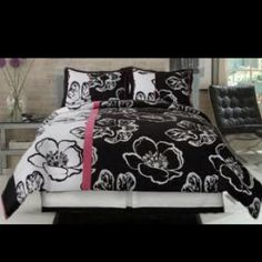 Black and White Twiggy Comforter Set. Need this for my bed room in my new house! Pink Comforter Sets, Full Size Comforter Sets, King Size Comforters, Bedding Sets, Floral Comforter, Twin Comforter, Bedding Decor, Full Size Bed Sets, Queen Size Bed Sets