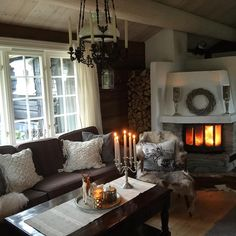 #blizzinterior #interior2you #interior9508 #hjem_inspiration #123hytteinspirasjon #hytteliv #hyttemagasinet #mynorwegianhome#husoghytte Music Decor, Nordic Style, Rustic Style, Are You Happy, Living Room Decor, Pure Products, Vacation, Live, Interior