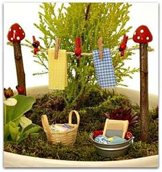 50 Magical and Best Plants DIY Fairy Garden Inspirations - Diy Garden Decor İdeas Fairy Crafts, Garden Crafts, Diy And Crafts, Diy Garden, Garden Beds, Mini Fairy Garden, Fairy Garden Houses, Gnome Garden, Fairy House Crafts