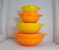 Pyrex Daisy Nesting Cinderella Mixing Bowls by StrangeBeauty, $59.50