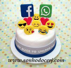 Bolo Facebook e WhatsApp! Slice...yes sliCe...to unlock and eat!!   curta nossa página no Facebook: www.facebook.com/sonhodocerj
