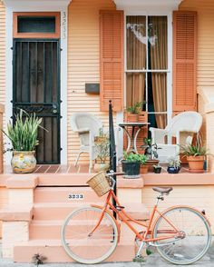 Mid City New Orleans Photo by Laura Steffan Flor Iphone Wallpaper, Wallpaper Travel, Bedroom Wall Collage, Photo Wall Collage, Picture Wall, Aesthetic Photo, Aesthetic Pictures, Wallpaper Inspiration, Peach Walls