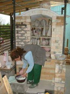 Ruthanne Tudball's gas and wood kiln, UK,  built by Joe Finch