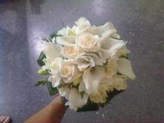 Bouquet de flores variadas blancas. Propuestas de ramos de novia para 2013