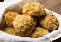 We Reverse-Engineered Red Lobster's Cheddar Bay Biscuits. Here's the Recipe.