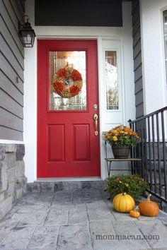 How to create a pretty fall porch.