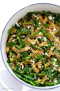 These Easy Pasta Salad Recipes Are Perfect for Summer Potlucks 59 Summer Pasta Salad Recipes – Easy Ideas for Cold Pasta Salad Summer Pasta Salad, Spring Salad, Summer Salads, Easy Pasta Salad Recipe, Pasta Recipes, Cooking Recipes, Caprese Salat, Asparagus Salad, Fresh Asparagus