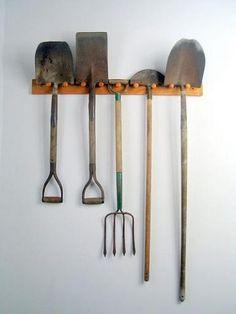 Como cuidar dos utensílios de jardim