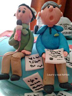"""Detalle de las dos figuritas de la tarta """"Juan. Tiene arreglo"""". 6 julio 2012."""