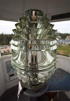 Fourth Order Fresnel Lens at Pemaquid Point Lighthouse, Maine Google Image Result for http://www.lighthousefriends.com/pemaquid3_2006.jpg