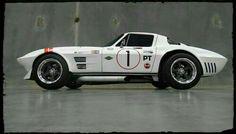 Collection of Corvette Pictures and Videos Corvette Grand Sport, Chevrolet Corvette Stingray, Car Chevrolet, Cool Sports Cars, Sport Cars, Cool Cars, Chevy, Us Cars, Race Cars
