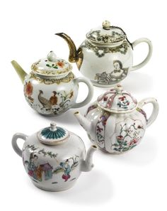 GROUP OF FOUR CHINESE EXPORT PORCELAIN TEAPOTS AND COVERS QING ...PERIOD