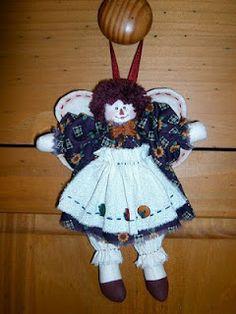 Anjos peso de porta. Add caption Anjos chaveiro de porta.Para pendurar na árvore de Natal ou mesmo na sua bolsa....