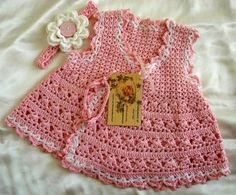Hoje tem Flor !!!: Vestidinho infantil com tiara em crochê com gráfico, Pretty crochet wrap baby dress