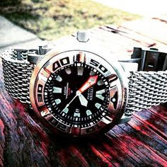 Great stainless mesh strap trying to tame EcoZilla - a top dive watch under $500. Check out www.divewatchhq.com Pic credit @seiko_citizen_orient_direct #DiveWatchHQ #DWHQ #Citizen #EcoDrive #EcoZilla #Watch #Diver #Diving #Scuba #DiveWatch by divewatchhq
