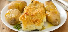O bacalhau com broa é um prato muito apreciado e bastante simples de confecionar. Conheça 4 variantes desta receita portuguesa tão típica.