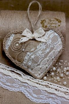 Shabby Chic Crafts, Rustic Crafts, Burlap Crafts, Valentine Day Crafts, Valentine Heart, Valentines, Christmas Tree Toy, Christmas Crafts, Burlap Wedding Favors