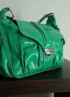Kaufe meinen Artikel bei #Kleiderkreisel http://www.kleiderkreisel.de/damentaschen/handtaschen/126933388-handtasche-von-stone-turkiesgrun-lackleder