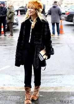 Alexandra Goovanoff wearing Parme Marin