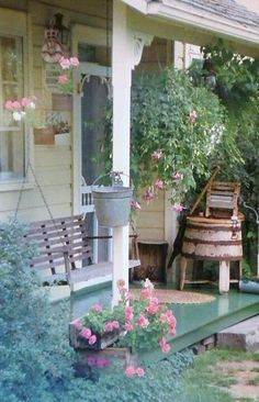 Country living porch <>< bigger isn't necessarily better ><> simple is good, too!