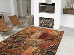 Bellissimo Tappeto patchwork 373 persiano  scontatissimo del 70% il prezzo listino è 1200euro  190x150cm   Prodotto interamente fatto a mano e 100% Lana... #tappeti #tappeto #patchwork #handmade #wool #persia #orientale
